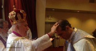 نيافة الاسقف مار أبرم خاميس، يرسم كاهناً جديدا في اريزونا